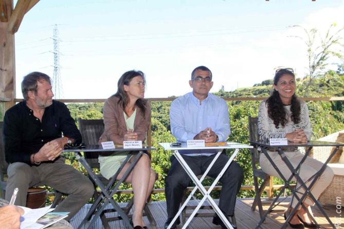 Patrick Gugay, Virginie K/Bidy, Patrick Serveaux et Maryse Doki-Thonon de la Région Réunion
