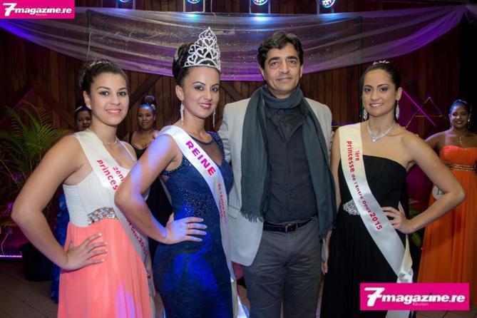 Les lauréates avec le maire Bachil Vally