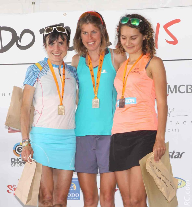 Le podium féminin des 25 km: Laura Orgue, Maïté Maiora et Estelle Carret