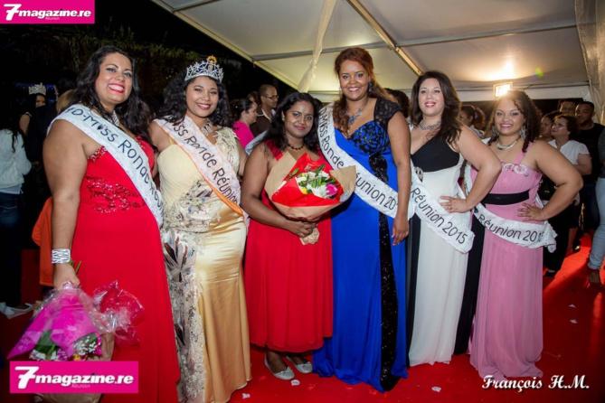 Les lauréates avec Annie Cerveaux, la présidente du Comité Miss Ronde Réunion