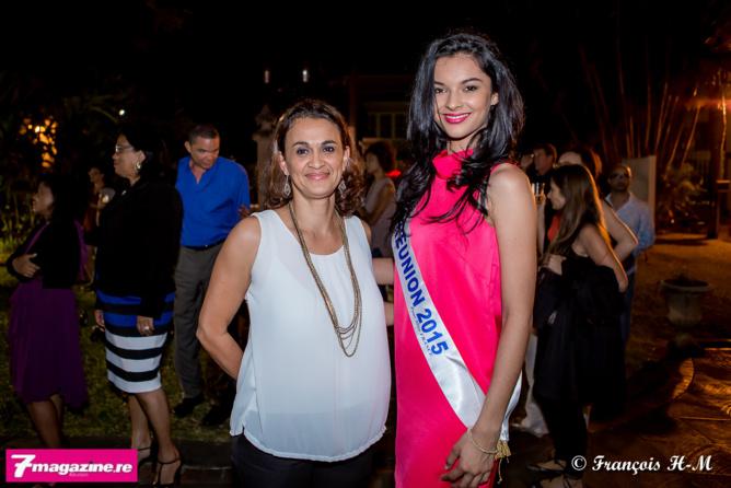 """Expo """"Vues intérieures""""<br>Miss Réunion et sa famille photographiées par Athénas"""