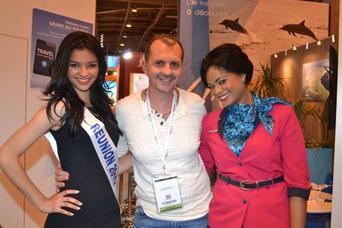 Azuima, Frank Servel, délégué Miss France à Mayotte, et Alexandra Arnesano, hôtesse Air Austral