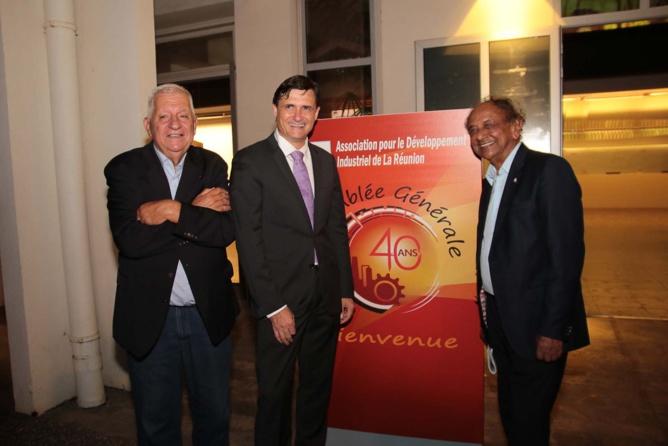 Maurice Cerisola, l'ex président de l'ADIR, Jérôme Isautier et Abdéali Goulamaly, le président du Groupe Océinde