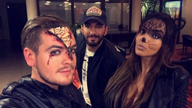 Jeremstar au selfie avec Thomas et sa casquette et la Nabilla Catwoman