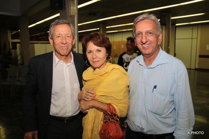 Guy-Luc Santoni et son épouse, avec Aziz Patel