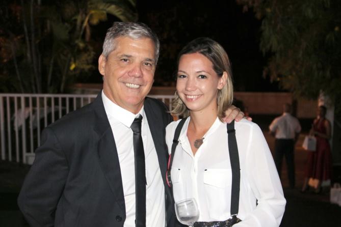 Luis et sa fille qui travaille à Havas Réunion