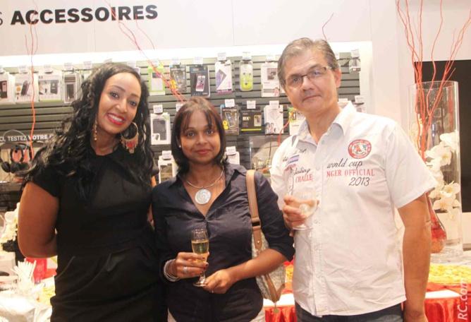 Cherine Bourot avec Nathalie et Patrick Vi-Tong, invités