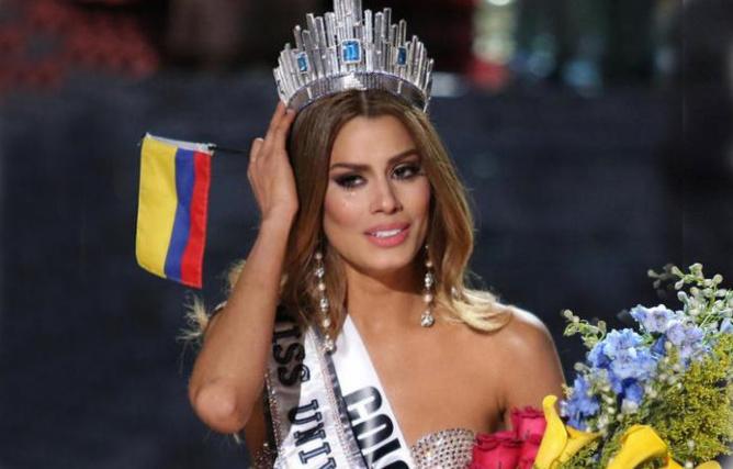 Couronnée Miss Univers pendant quelques minutes, puis l'humiliation...