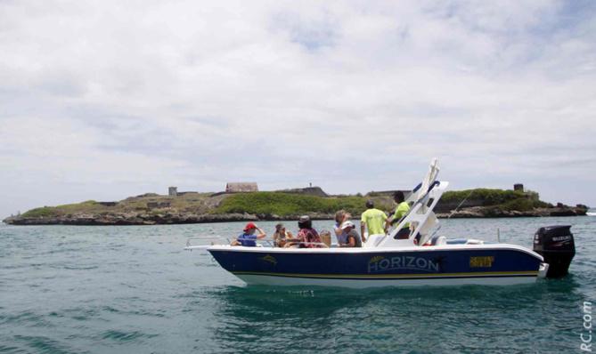 On ne peut se rendre à l'île de la Passe qu'en bateau…