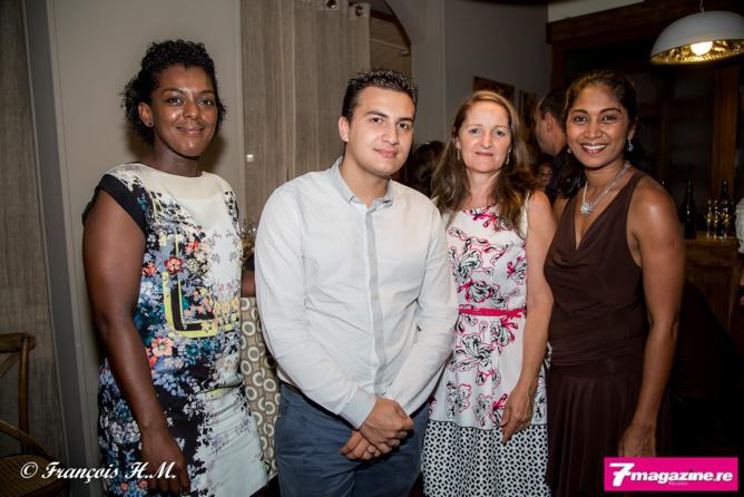 Ericka Douraguia d'April Partenaires Réunion, avec Mathias Ferrère, Colette Clervil et Annick Placenti, tous trois de Réunion Assurances