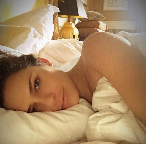 Clara Morgane au réveil