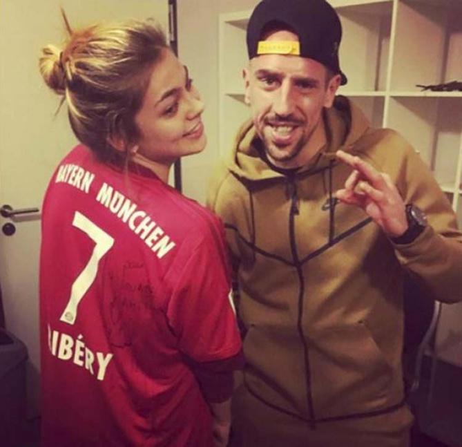Ribéry offre son maillot à Louane