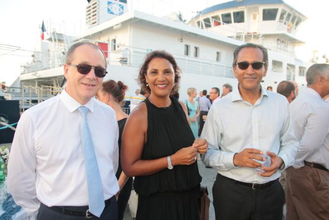 Olivier Wauters, directeur général du Groupe Le Garrec, avec Amir Meralli Ballou, président de la Sogecore, et son épouse