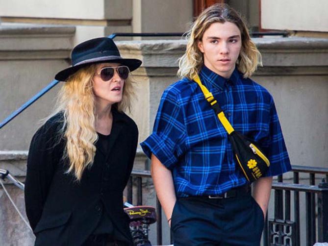 Madonna et Guy Ritchie: c'est la guerre pour Rocco!