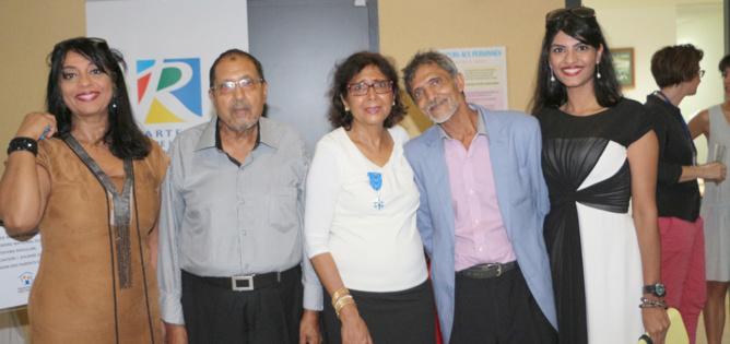 Tayeba Moullan reçoit l'Ordre National du Mérite