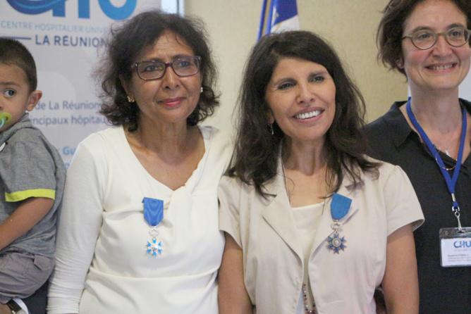 Tayeba Moullan, Nassimah Dindar, et Suzanne Cosials, directrice du CHU Félix Guyon