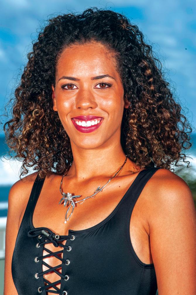 8. Thelma Coste 18 ans, 1,76m - Saint-Pierre