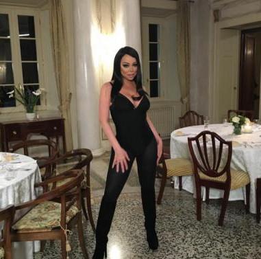 Mariah Carey méconnaissable en Bianca