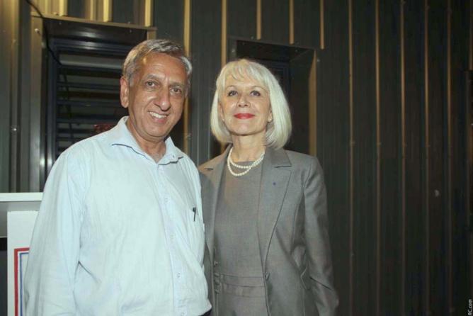 Aziz Patel, ancien élève de Roland Garros, et Isabelle Lemarchand