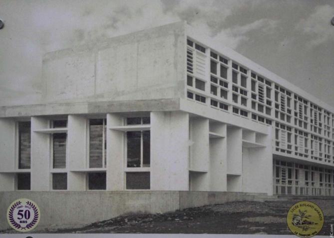 Un lycée vieux de 50 ans, mais qui a subi régulièrement des travaux de rénovation et d'extension