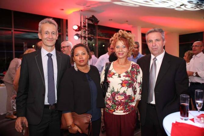 Michel Amalric (à droite), avec à ses côtés Dolly et des amis