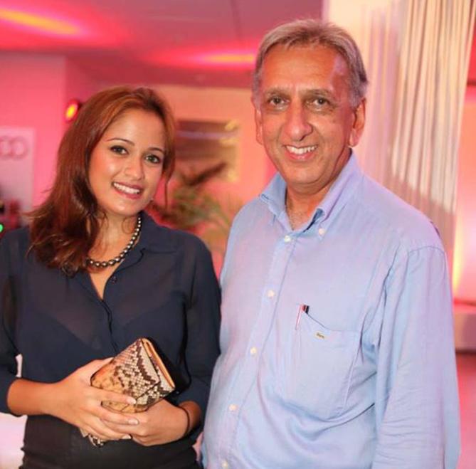 Anna Valy et Aziz Patel