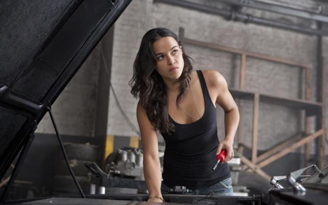 La sexy girl de Fast and Furious...