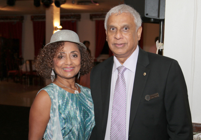 Marie-Annick Boucher et Jacques Véloupoulé, ex-Consul de Maurice et membre du club