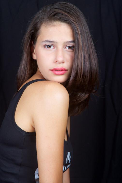 Eléa, 16 ans, 1m75