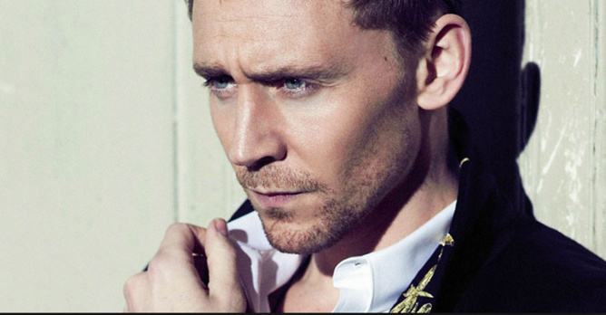 Tom Hiddleston est pressenti par les bookmakers