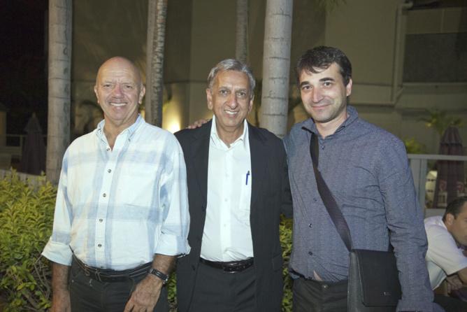 Humbert Gojon, médecin ORL, Aziz Patel, et un ami du docteur Gojon
