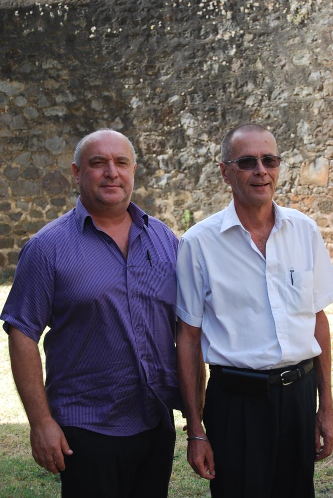 Bruno Raffi et Bernard Salva, nouveau et ancien président de l'Entente Patriotique de La Réunion