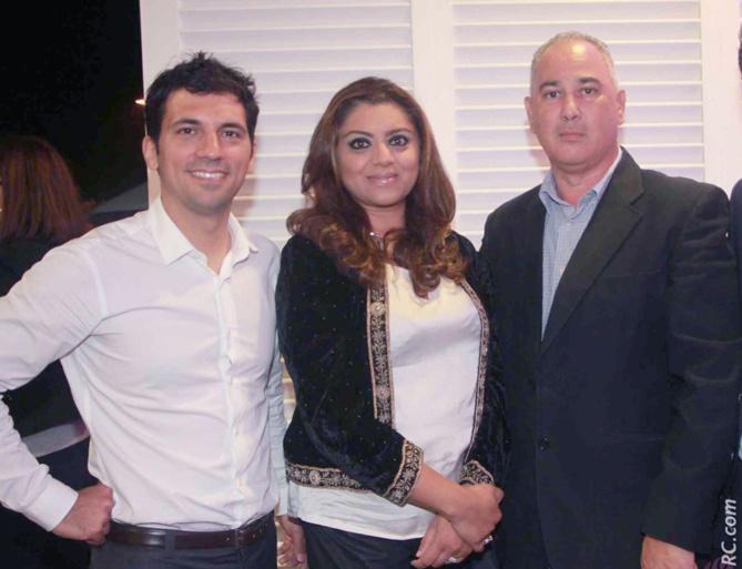 Julien Fagoaga de Guerlain  et deux invités