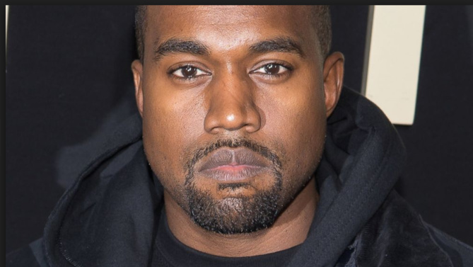 Le clip scandale de Kanye West: nu avec des célébrités