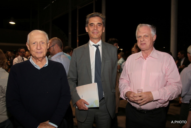 Paul Martinel, président de la Cilam, Dominique Sorain, Préfet de La Réunion, et Alain Tissier, directeur général de la Semir