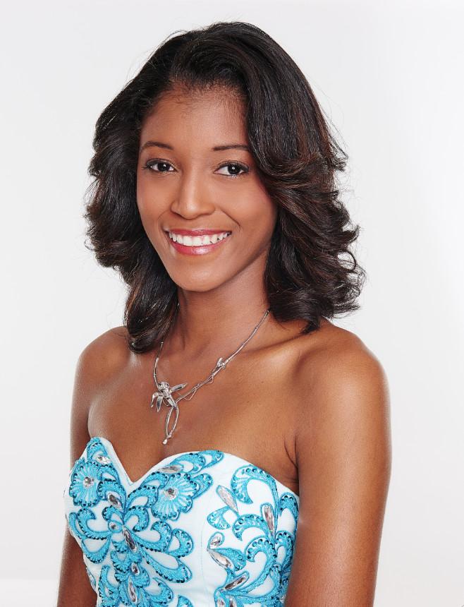 3 - Flavie Annette