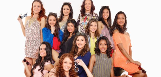 Exclusif: premier shooting pour les 12 candidates Miss Réunion 2016