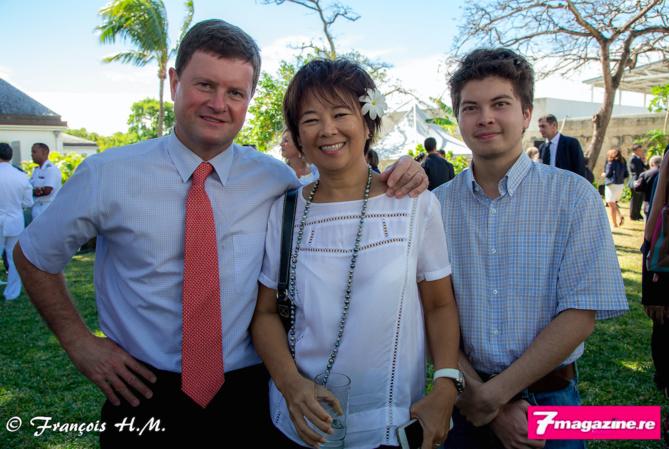 Thierry Beltrand, directeur de l'IEDOM, son épouse Christiane et leur fils Nicolas
