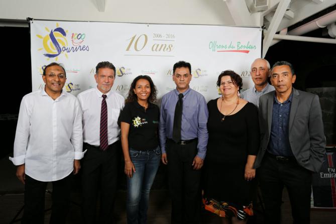 Avec Patrick Geiglé, le directeur général et l'équipe de la Caisse d'Epargne, partenaire historique de l'association