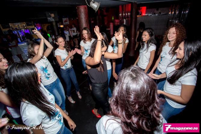 Miss Réunion 2016: Les candidates de sortie en discothèque!