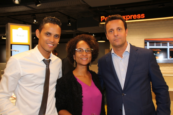 Didier Sornom, reponsable du Smart Stor Orange, Géraldine Drula, directrice communication Orange Réunion Mayotte, et Bruno Baratier, directeur administratif et financier