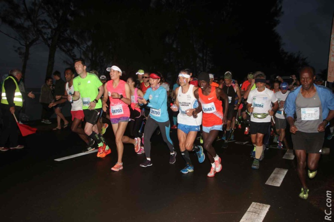 Départ du marathon à Saint-Félix, à 6h 30 du matin...