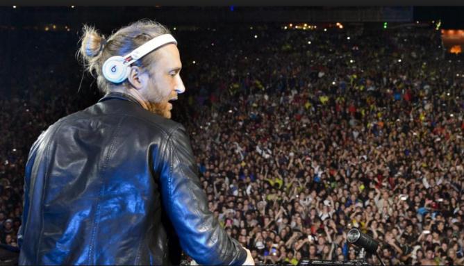Un projet de collaboration musicale entre David Guetta et… Ronaldinho !