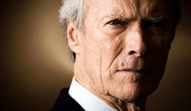 Clint Eastwood soutient la candidature de Trump!