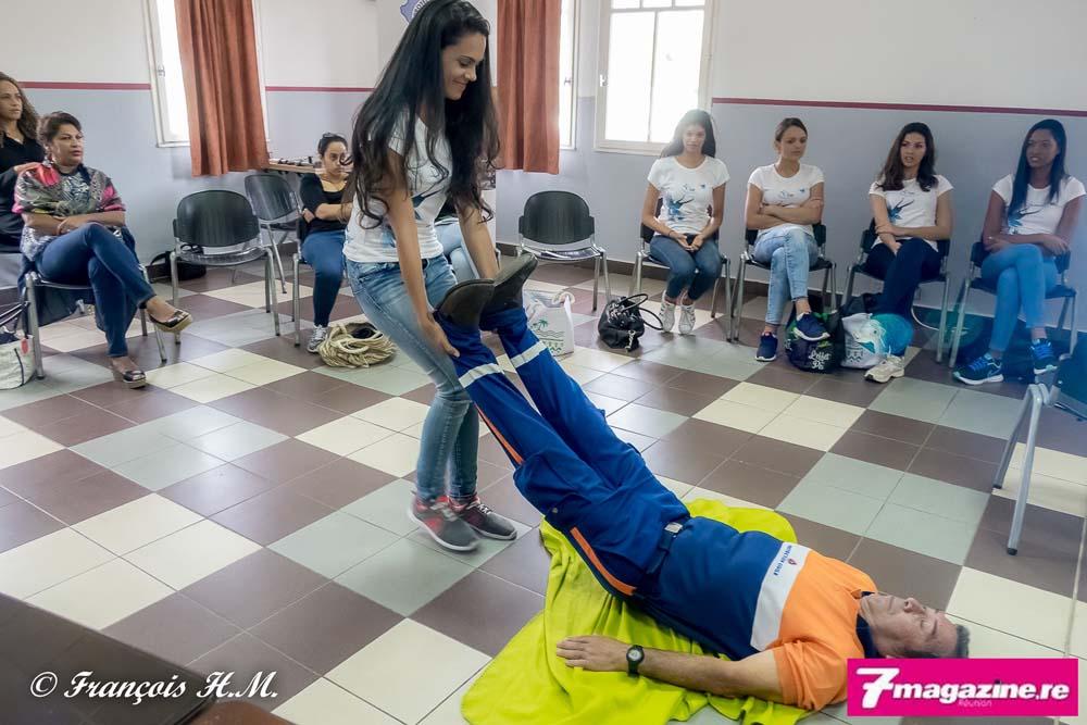 Miss Réunion 2016<br>Les candidates se forment au secourisme
