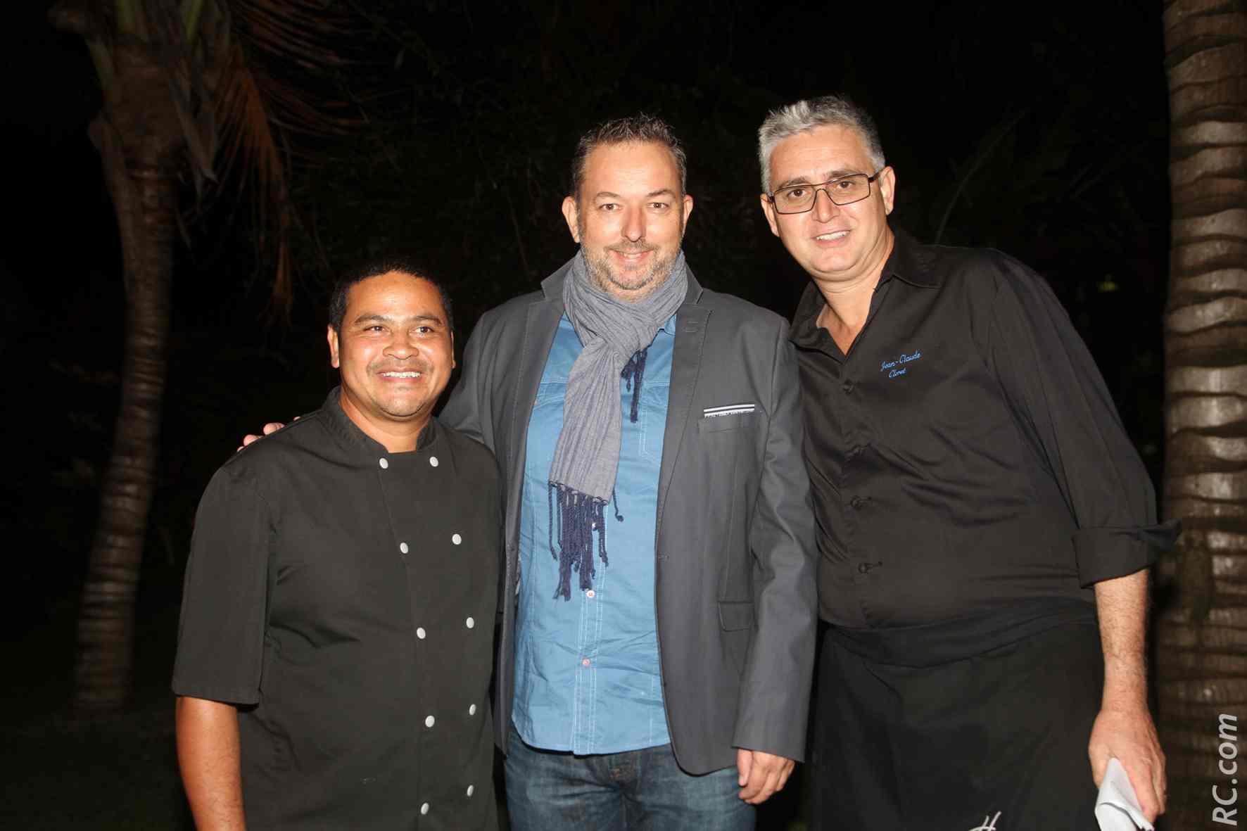 Thierry Kasprowicz de Mets Plaisir et Jean-Claude Cléret, avec l'un des chefs