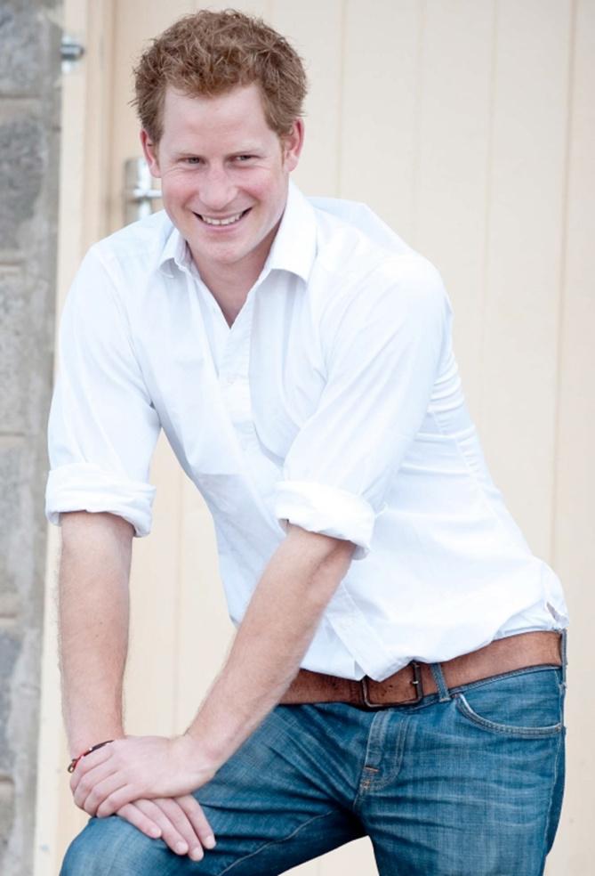 Le Prince Harry sauve un crocodile