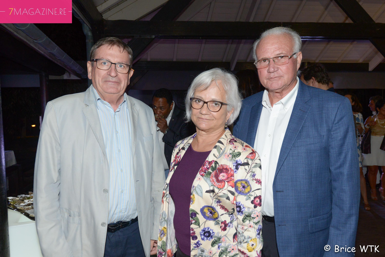 Dominique Fournel, vice-président de la Région, avec son épouse et Gilbert Hoarau, président de Sciences Réunion
