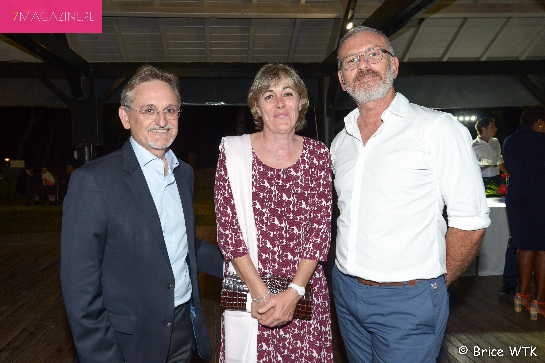 Alain Baudry, directeur Groupama Océan Indien, son épouse, et Pascal Montrouge, directeur des Théâtres Départementaux