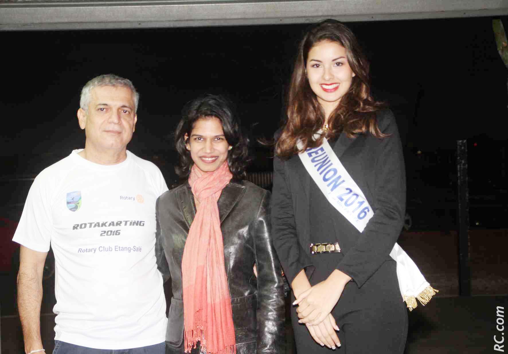 Ambre N'guyen avec Michel Dijoux et son épouse